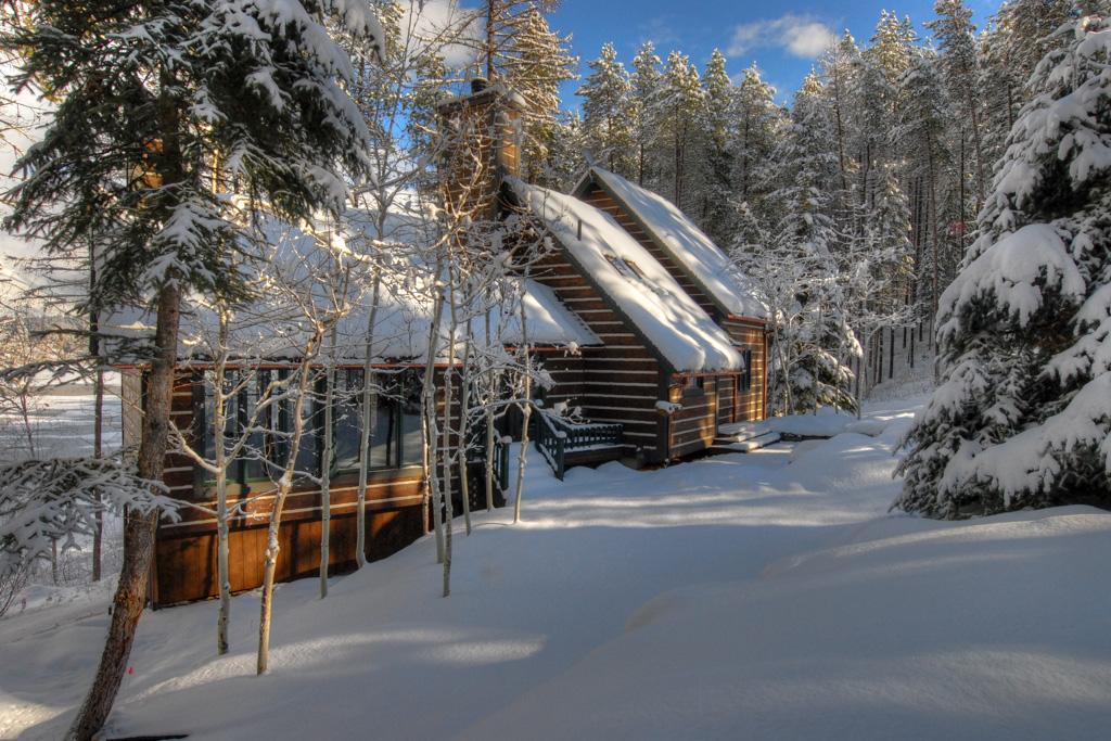 Half Moon Cabin